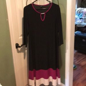 Black dress Tiana B It's polyester and spandex